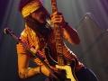 Prisma Circus abriendo el concierto en Bilbao