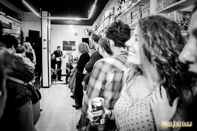 Tori Sparks presentando el Mar 2014