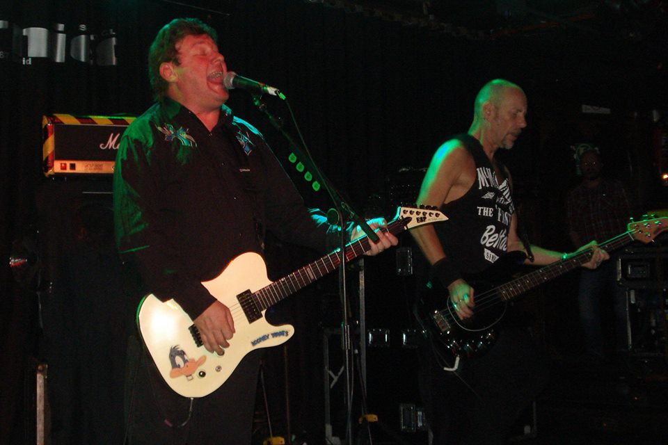 STIFF LITTLE FINGERS 11