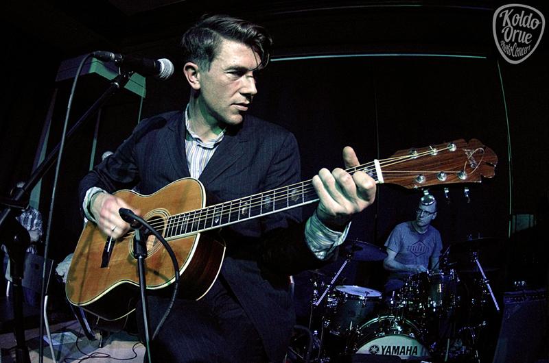 Luke Winslow-King en el Kafé Antzokia Bilbao por primera vez