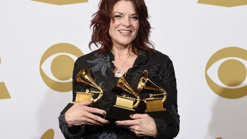 Rosanne Cash gana tres premios Grammy