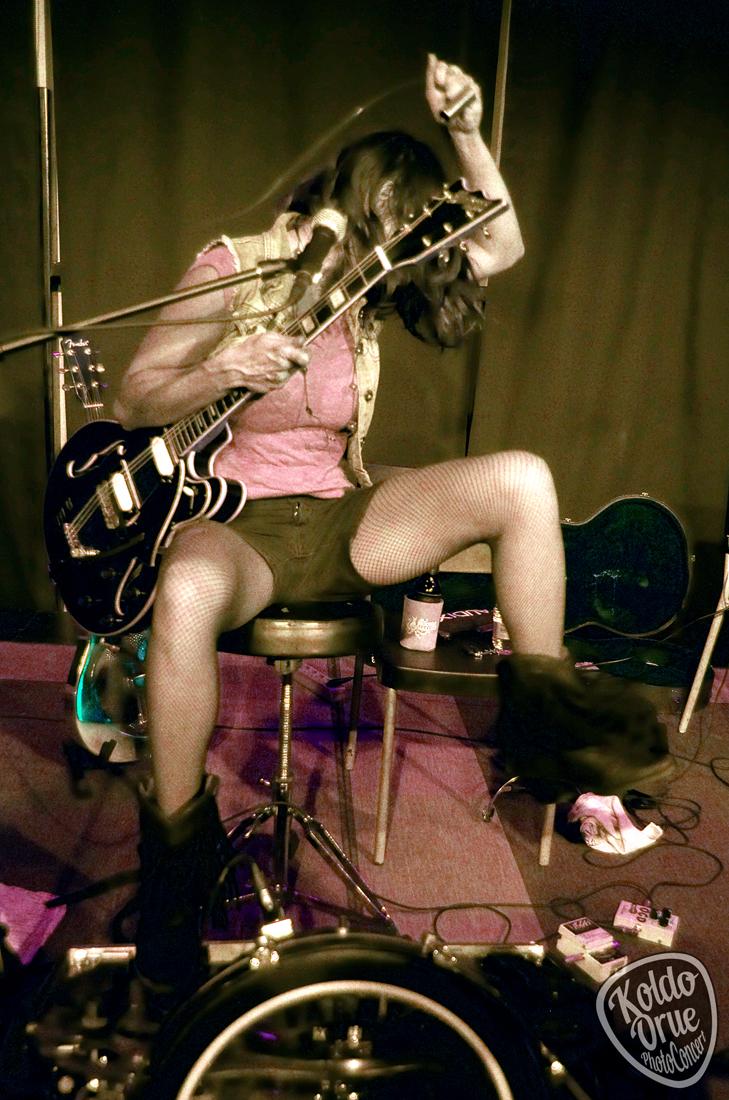 Molly Gene en el Kafe Antzokia Bilbao 2015.jpg
