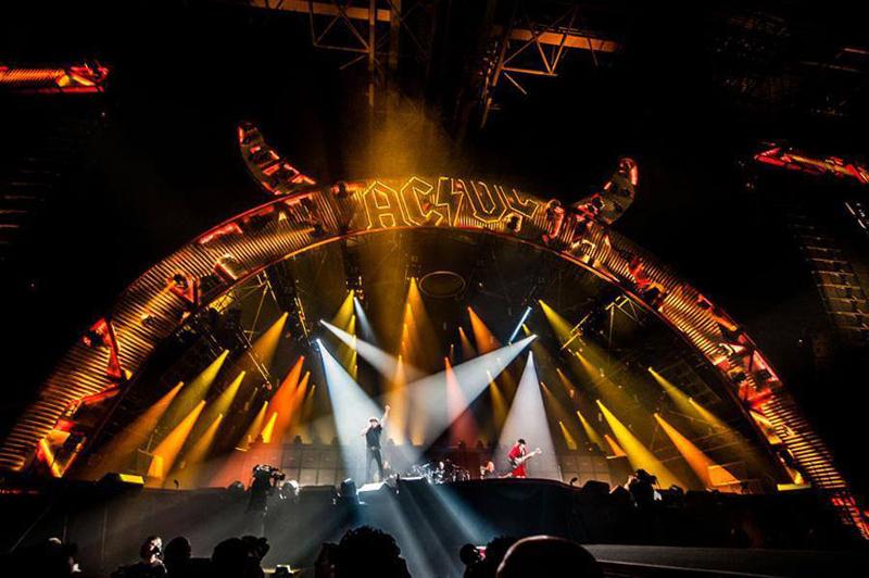 ACDC comienzan su gira europea Rock or Bust en Holanda 2015.jpg