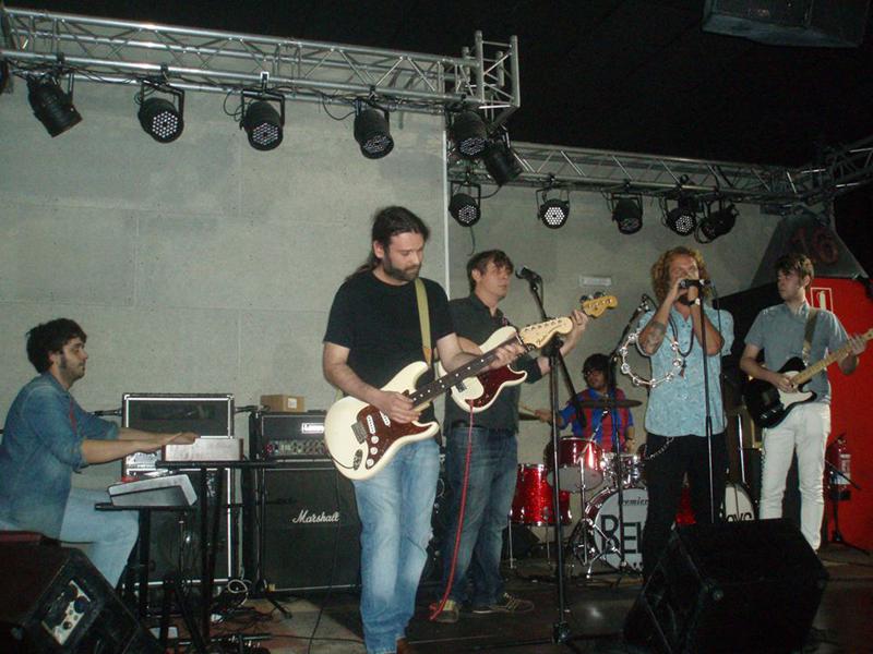 Los Bell Boys en Valencia 16 toneladas.jpg