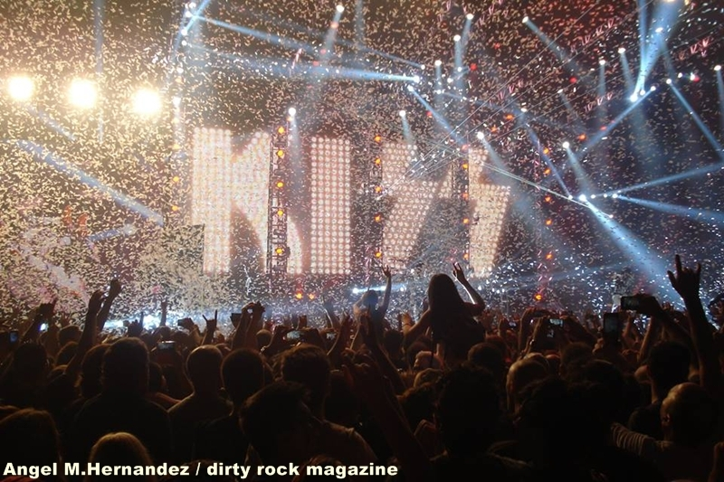 KISS ANGEL MANUEL HERNANDEZ MONTES DIRTY ROCK 14