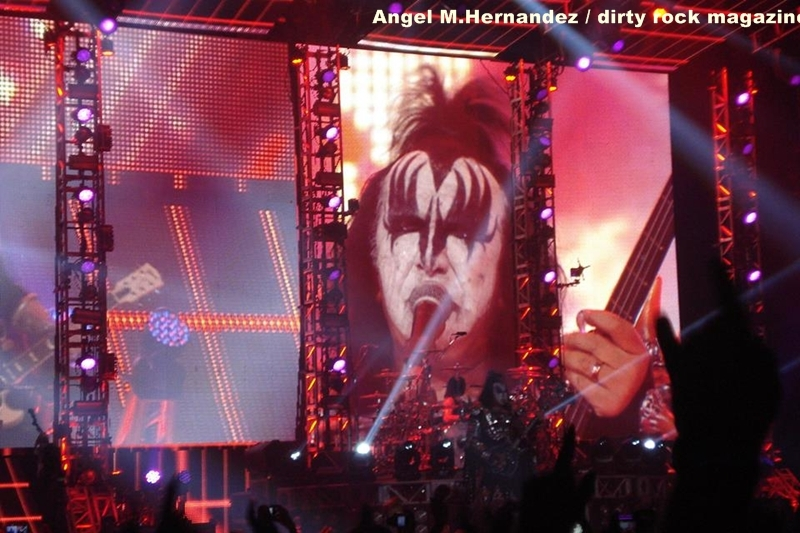 KISS ANGEL MANUEL HERNANDEZ MONTES DIRTY ROCK 9