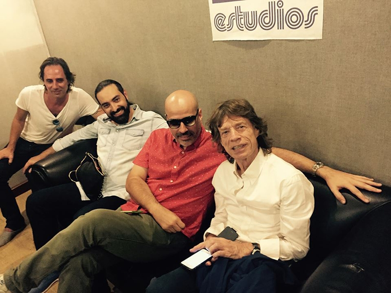 Mick Jagger visitó también los estudios Abdala en la Habana