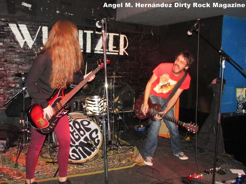 red apple dirty rock 5