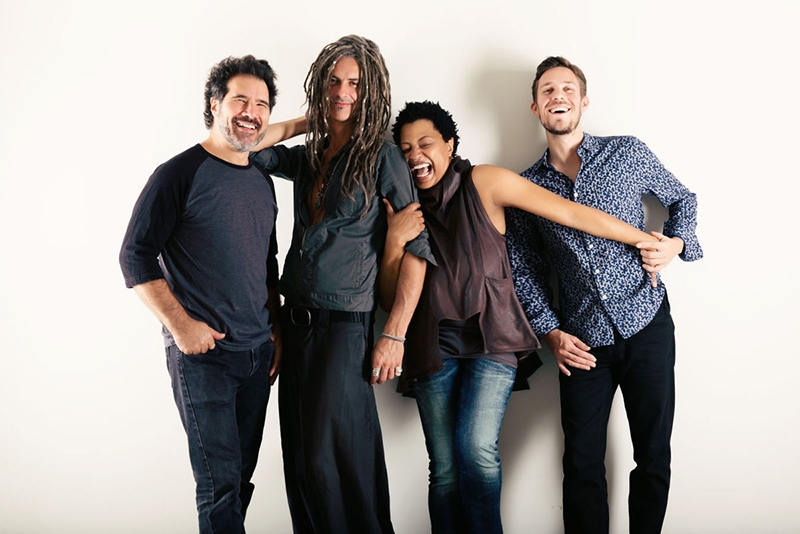 Lisa Fischer and Grand Baton en Vigo y Barcelona