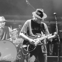 Neil Young and Promise of the Real en Barcelona 2016 Poble Espanyol