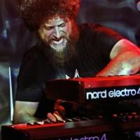 Robert Jon & the Wreck ofrecen su último concierto de la gira en el Kafe Antzokia, Bilbao