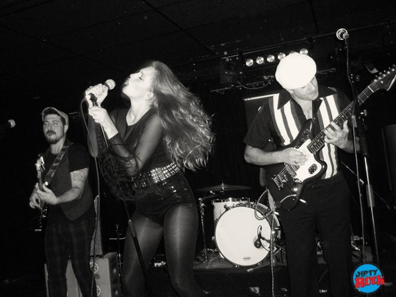 The Dustaphonics presentaron su nuevo disco en el Loco Club