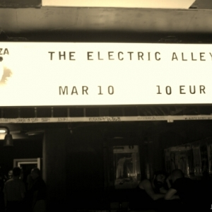 The Electric Alley Sala La Choza 03-12-06.00.34