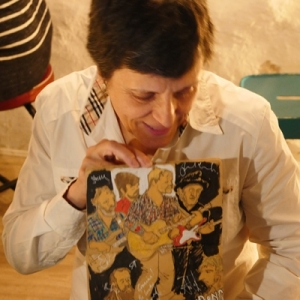 Cayetana Álvarez pintar música.9