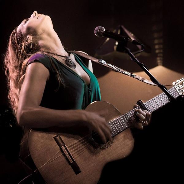 Tori Sparks presenta nuevos vídeos de La Huerta