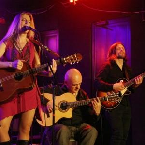 Tori Sparks concierto La Huerta Sala Clamores Madrid.6