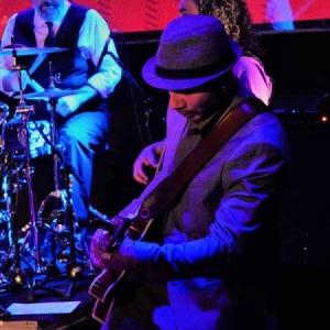 Shirley Davis & The SilverBacks Wishes & wants nuevo disco.7