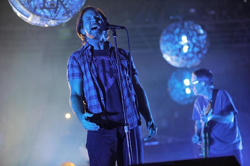Pearl Jam comienzan su gira mundial y adelantan nueva canción Can't Deny Me