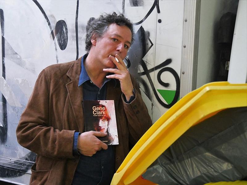 Gene Clark. Vuela hacia el Sol de Alvaro Alonso libro.1