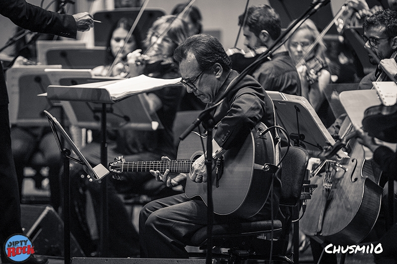 Santiago Auserón y la Orquesta Sinfónica de Castilla y León. Vagamundo