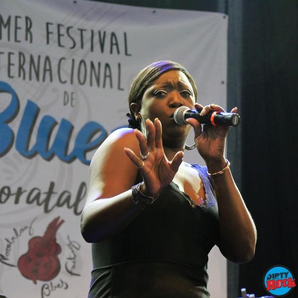 Shanna Waterstown Moratalaz Blues.10