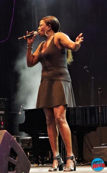 Shanna Waterstown Moratalaz Blues.1