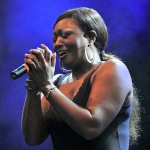 Shanna Waterstown Moratalaz Blues.9