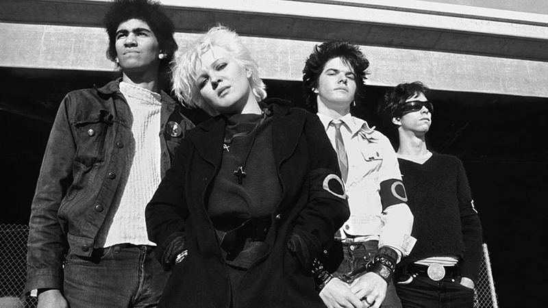 Adiós a Lorna Doom, bajista de la banda de punk, The Germs 2019 (2)