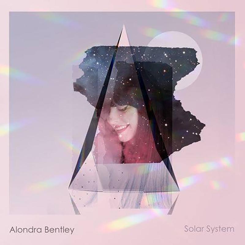 Alondra Bentley presentó Solar System.