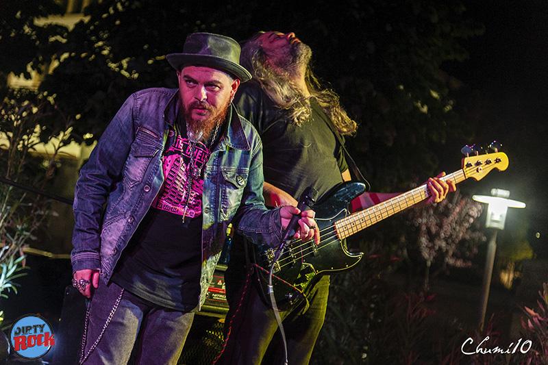 Jimmy-Barnatan-The-Cocooners-en-el-Blues-Roots-Festival