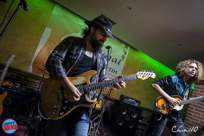 Demian-Band-en-los-Conciertos-Salvajes-Aldemayor