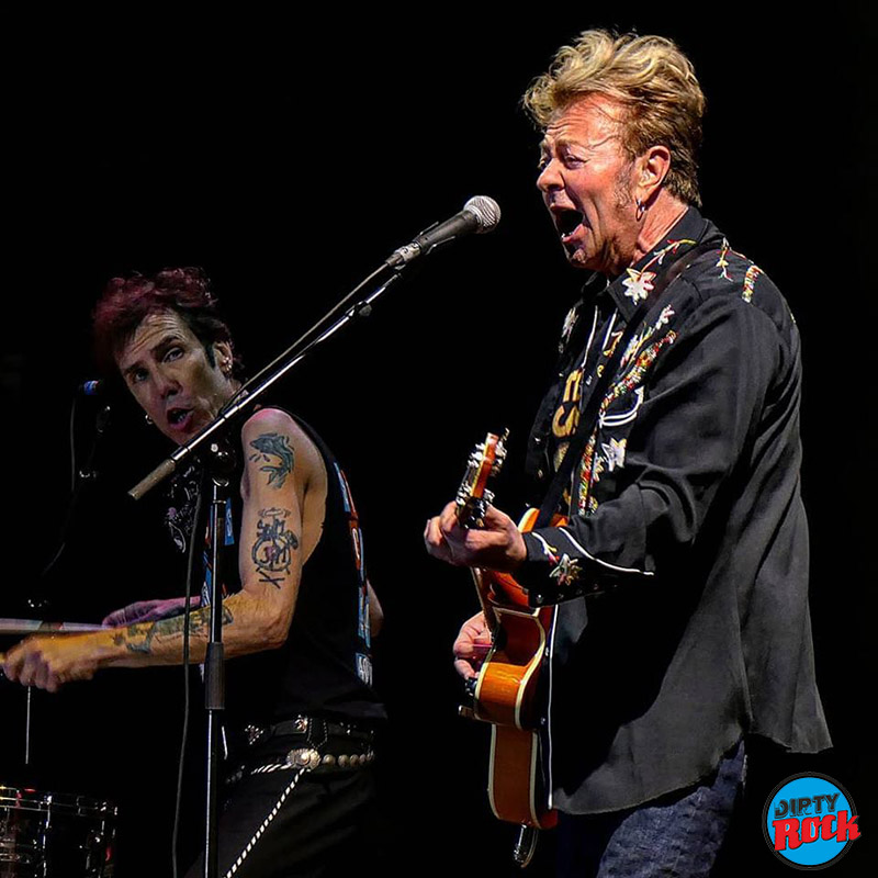 Azkena-Rock-Festival-2019-crónica-Stray-Cats