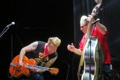Azkena-Rock-Festival-2019-crónica-Stray-Cats.2