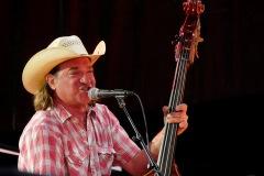 Chuck-Mead-and-The-Grassy-Knoll-Boys-Huercasa-Country-Festival-2019.5