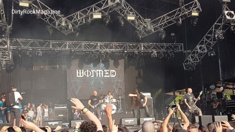 wormedresu19dyrtyrockmagazine_180945