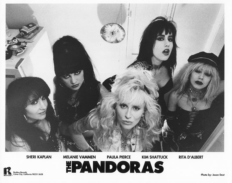 Adiós-a-Kim-Shattuck-de-The-Muffs-Pandoras-o-Pixies-2019
