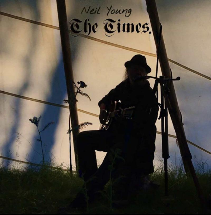 Neil Young publica The Times a través de Amazon