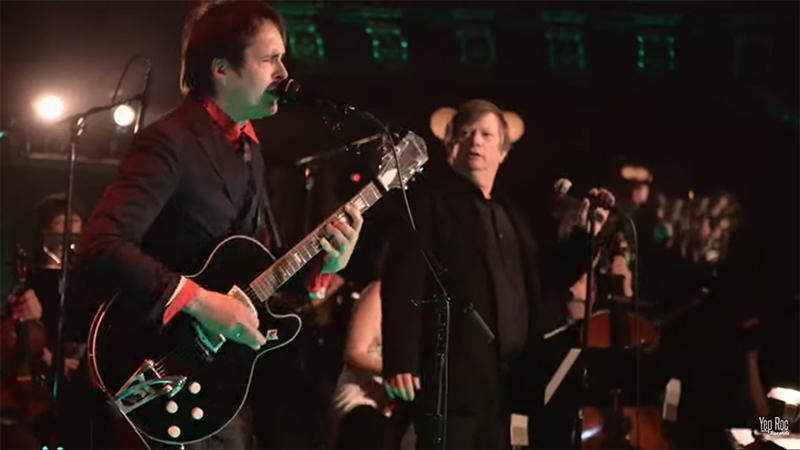 Chuck-Prophet-publica-su-concierto-con-orquesta-Strings-in-the-Temple