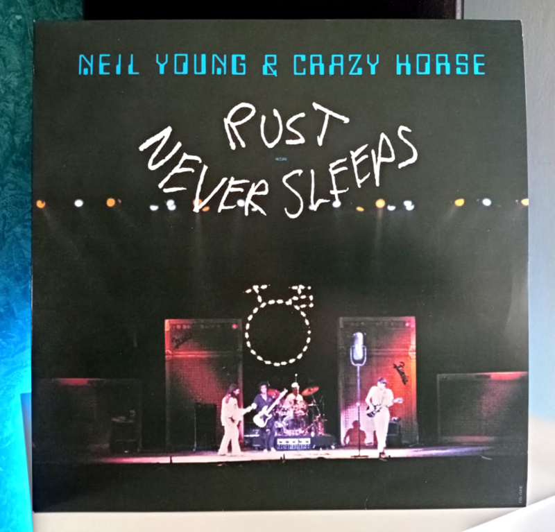 Neil Young and Crazy Horse Rust Never Sleeps disco