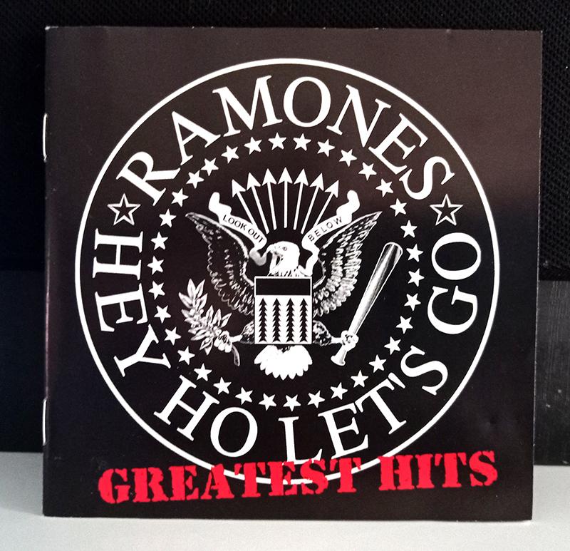 Ramones Greatest Hits disco