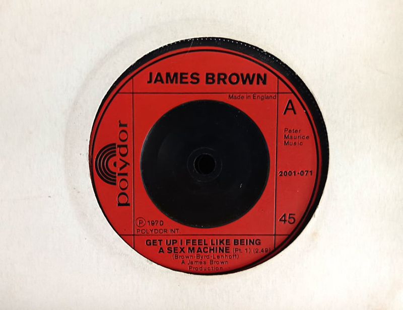 James Brown publicó Get Up (I Feel Like Being a) Sex Machine tal día como hoy