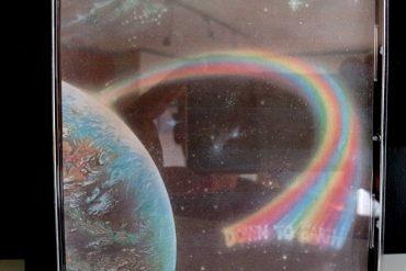 Rainbow Down To Earth disco