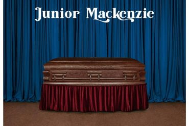 Junior Mackenzie, Now That We Are Dead nuevo disco
