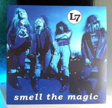 L7 Smell the Magic disco
