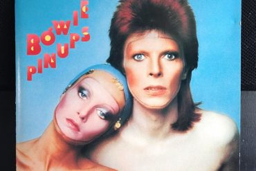 Davie Bowie PinsUp disco