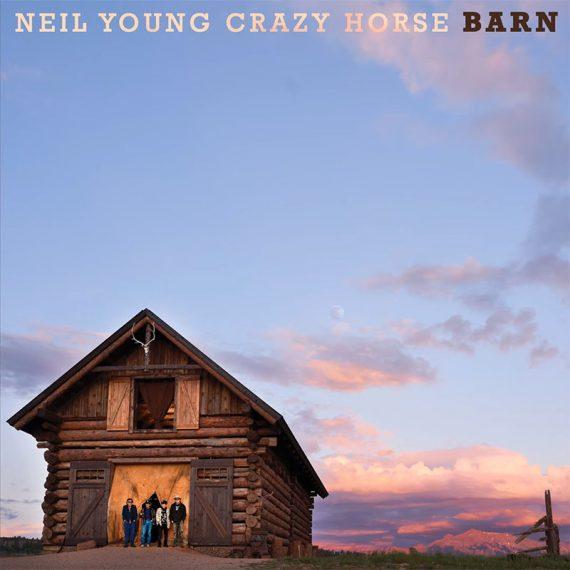 Neil Young and Crazy Horse vuelven con Barn