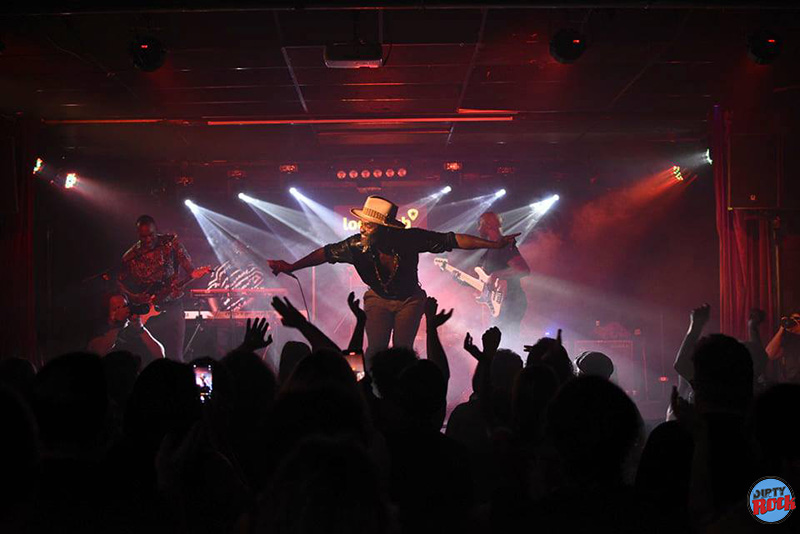 Steffen-Morrison-presento-Soul-Revolution-en-el-Loco