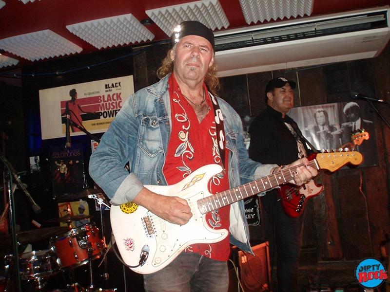 Vargas Blues Band presentó su nuevo disco